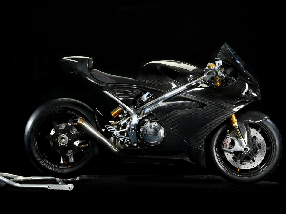 Norton V4 RR Carbon.