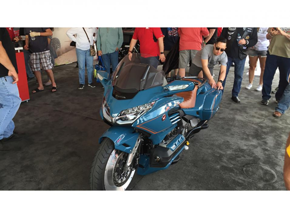 Vuosimallin 2019 Honda Gold Wing alias Cool Wing.