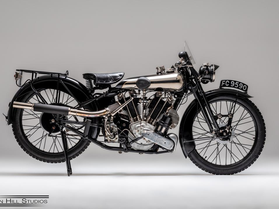 1925 Brough Superior SS100.