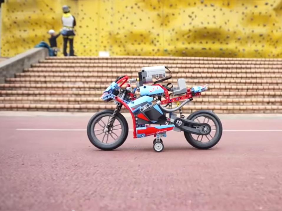 Lego Technik Street Bike