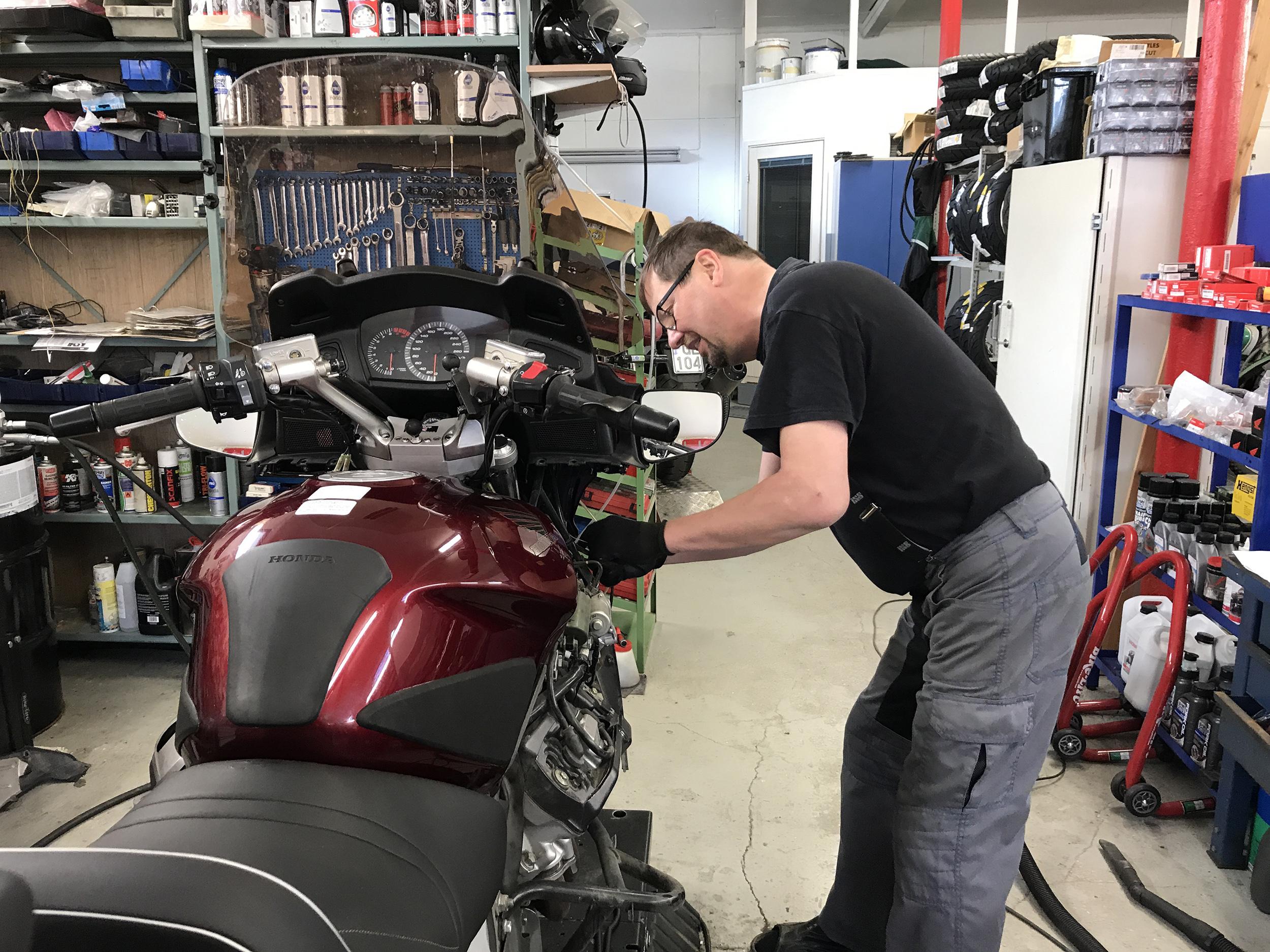 Moottoripyörän öljynvaihtoväli