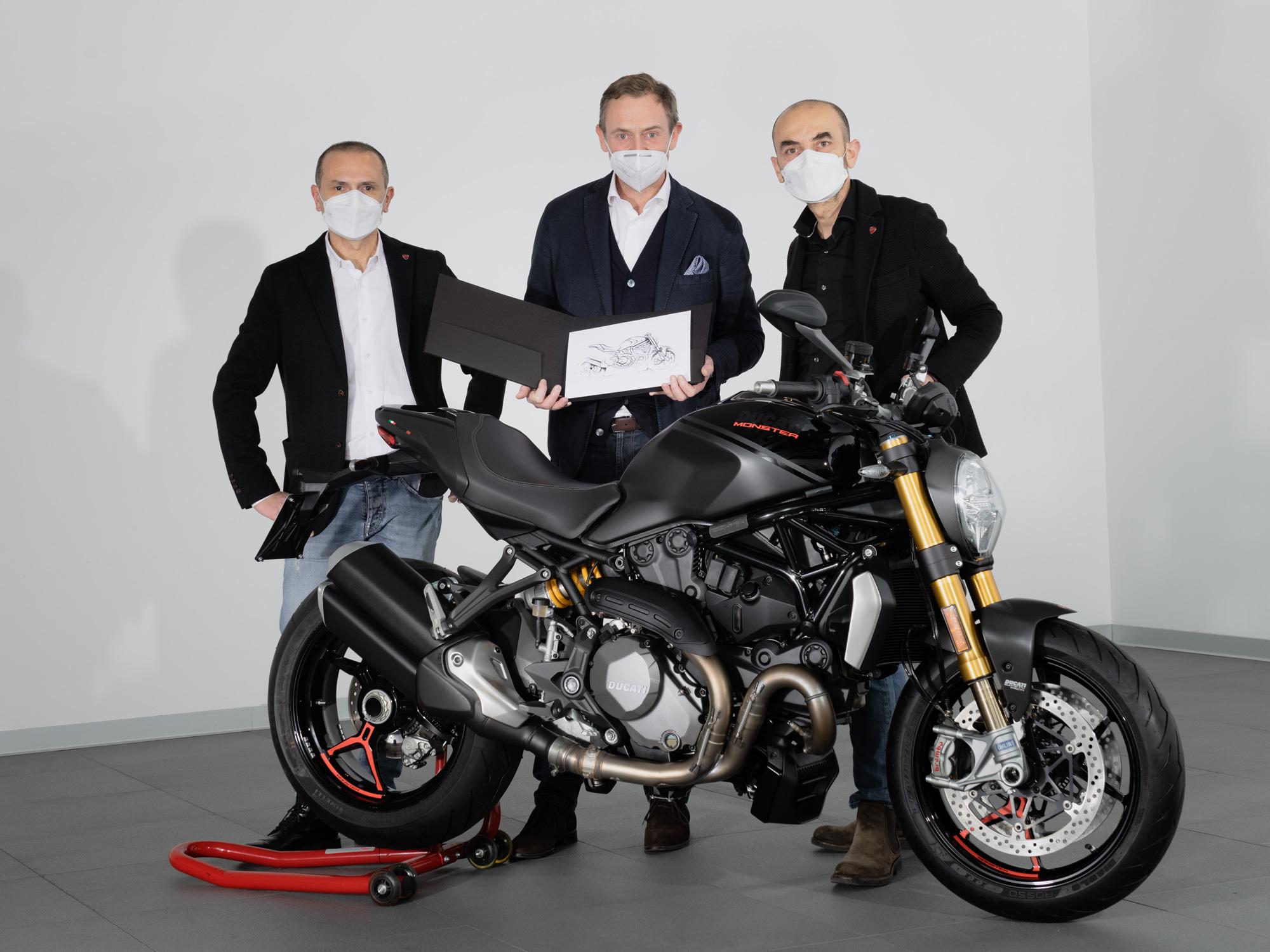 Tämä on eniten koskaan valmistettu Ducati-malli  jo...